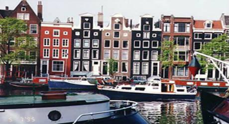 Viaggi organizzati e tour di gruppo capodanno con voli da for Amsterdam capodanno offerte