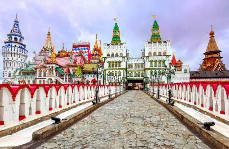 Viaggi organizzati e tour di gruppo in russia con voli da - San pietroburgo russia luoghi di interesse ...